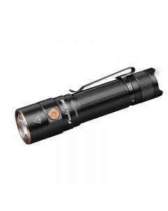 Fenix E28R Luminus SST40 kjølig hvit LED 1500 lumen 200 meter USB Type-C lading oppladbar lommelykt