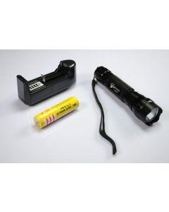 UltraFire WF-501B XML U2 LED lommelykt 18650 batteri lader
